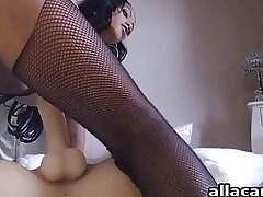 Young latina making out masturbator